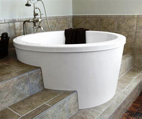 Big Soaker Tub by Interest Large Bathtubs Bathtub Ideas For Large Bathtubs