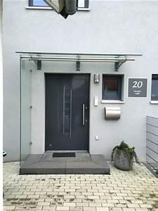 Windfang Hauseingang Aus Glas : vordach hauseingang mit seitenteil gel nder f r au en ~ Markanthonyermac.com Haus und Dekorationen