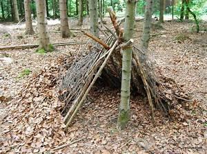 Hütte Im Wald Bauen : laubh tte alles rund um lager nat rliche behausungen unterk nfte ~ A.2002-acura-tl-radio.info Haus und Dekorationen