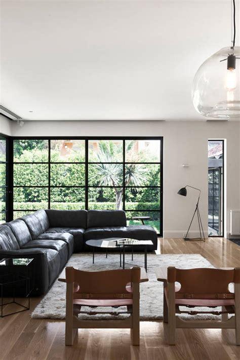 maison contemporaine en bois  blanc