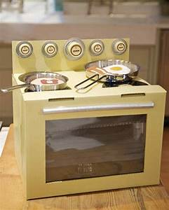 Cardboard-Box Oven Craft & Video Martha Stewart