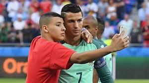 Cristiano Ronaldo Lets Ball Boy Crash Team Pic & Takes ...