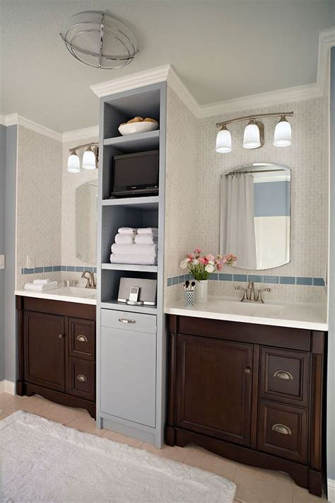 Built In Vanity Cabinets For Bathrooms by 1000 Ideas About Bathroom Vanity Makeover On