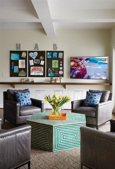 Kid Friendly Family Room Design Ideas