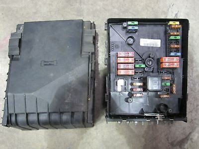 Mk5 Golf Engine Bay Fuse Box by Audi A3 8p Relay Fuse Power Distribution Box No