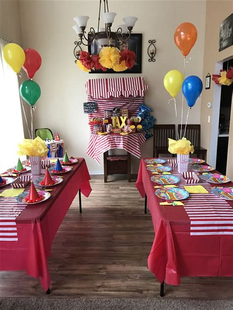 Carnival Birthday Decorations - best 25 circus birthday ideas on circus