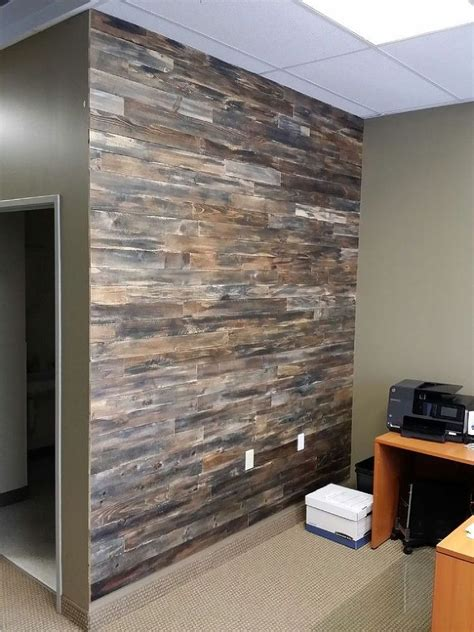 Accent Wall Made With Pallet Wood