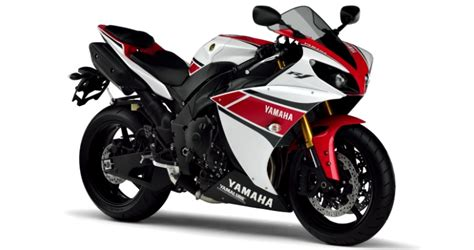 Three Yamaha Superbikes Stolen From Uk Dealership