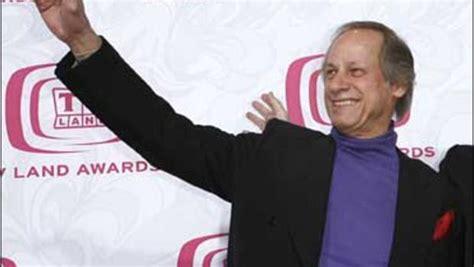 Hee Haw Actor Jim Hager Dies Cbs News