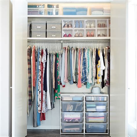 Closet Organization Project Ideas by How To Save Space By Storing Winter Summer Clothes The