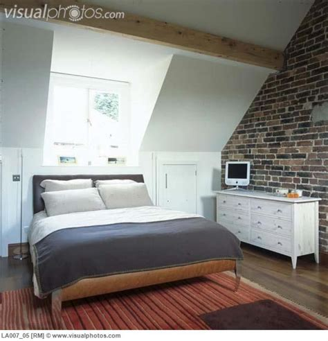Decorating Ideas For A Dormer Bedroom by Best 25 Dormer Bedroom Ideas On Attic