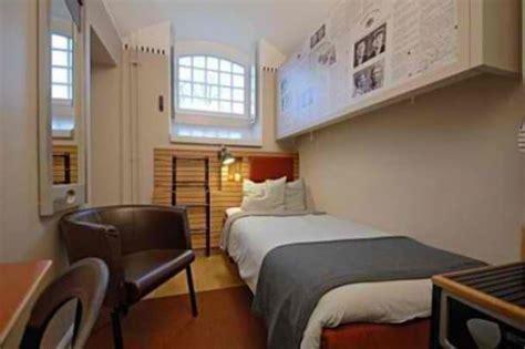 chambre prison 17 prisons aussi luxueuses que des hôtels tout confort