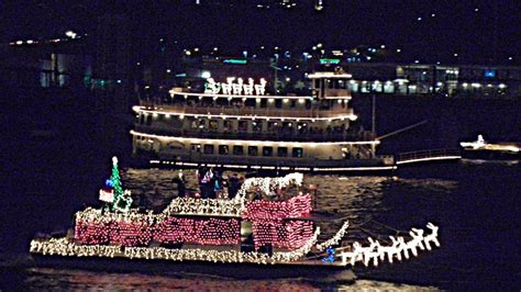 Chattanooga Boat Parade 2017 by Chattanooga Lights Boat Parade