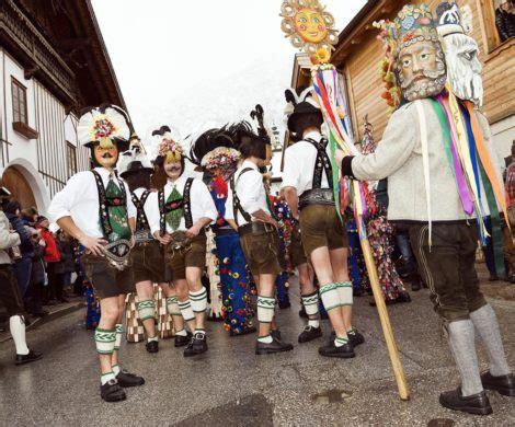 kostuemideen fuer den karneval   liegt im trend