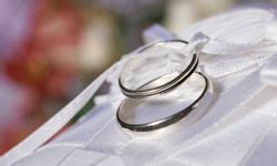 5 wedding and engagement rings 10 wedding traditions