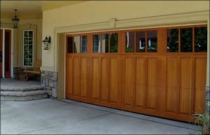 Forest garage doors chicago residential garage doors for Carriage type garage doors