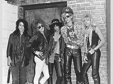 Archive Greg Kot reviews Guns N' Roses at Alpine Valley