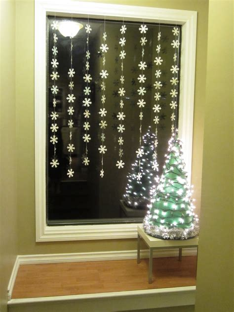 Window Lights Decorations by Window Decoration Ideas Homesfeed