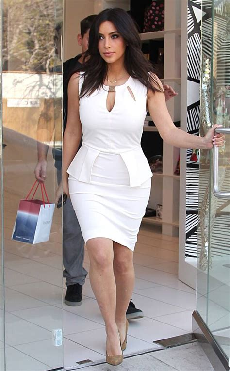 Kim Kardashian Flaunts Killer Curves in White-Hot Dress ...