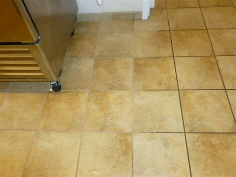 light tile with dark grout hard surface floor cleaning and restoring using hydroforce