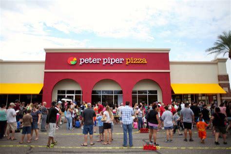 cuisine az pizza brand logo and restaurant design for piper