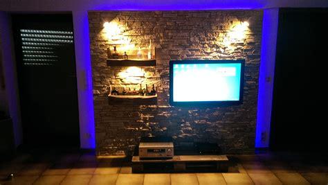 Fernsehwand Mit Beleuchtung by Steinwand Wohnzimmer 246 S Indirekte Beleuchtung
