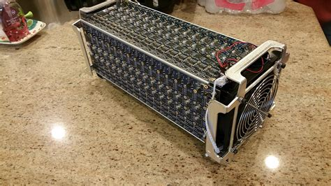 asic bitcoin miner bitcoin asic miner 1 4ths 0 8 end 1 8 2019 6 46 pm