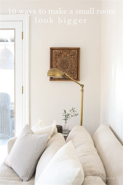 making a small bedroom look bigger 10 ways to make a small room look bigger 20664
