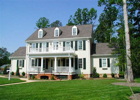 colonial home colonial home with 2 family room 32562wp