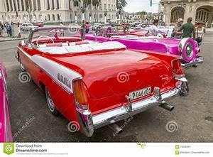 Central Car La Garde : vintage american cars near central park havana cuba 9 editorial photo ~ Gottalentnigeria.com Avis de Voitures