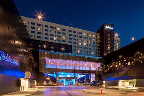 radisson blu hotel  mall  america minneapolis