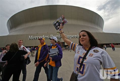 LSU plays Alabama for the BCS National Championship at the ...