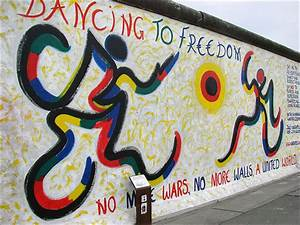 Berlin wall art interest design collection art with many for Berlin wall art