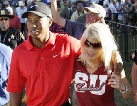 Police chief: Tiger Woods' wife used golf club to smash ...