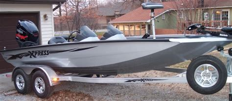Xpress Boats Crappie by Is The Xpress Boats Built In Arkansas