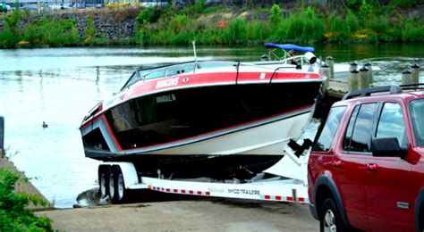 Boat Trailer Tires On by What You Need To About Boat Trailer Tires The Tires