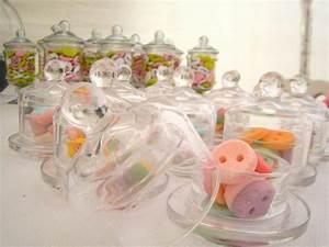 la bonbonniere en verre une touche mignon pour votre maison With affiche chambre bébé avec gros bouquet de fleurs pour anniversaire