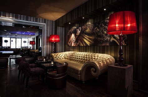 Pool And Patio Ideas by Lounge Bar Plushemisphere