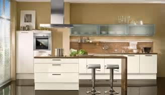 küche magnolie trend einbauküche aspen magnolie glaenzend küchen quelle