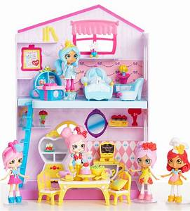 Enchant Your Guests with the Happy Places Disney Playset
