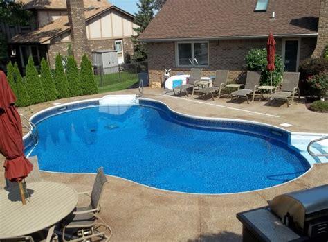 luxury swimming pool designs  revitalize  eyes