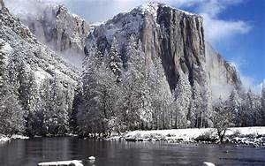 Winter Mountains And Lake Wallpaper