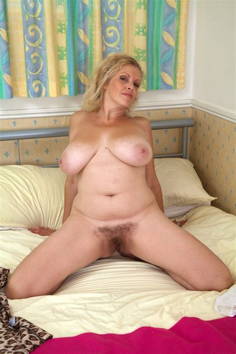 Mature Blonde Big Tits Hairy