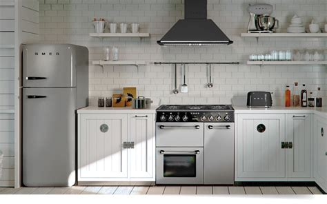 smeg kitchen designs the smeg burghley bu93s range cooker in silver home 2384