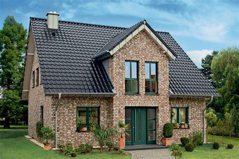 Danwood Neue Häuser 2018 by Geestbrand Bunt Weiss