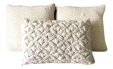 white wool macrame pillows set   inserts included