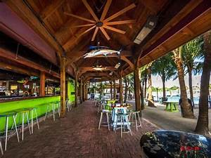 12 Best Beach Bars in Florida You Can Enjoy This Summer ...