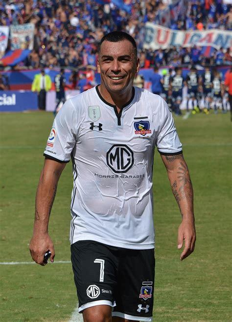Esteban Paredes - Wikipedia, la enciclopedia libre