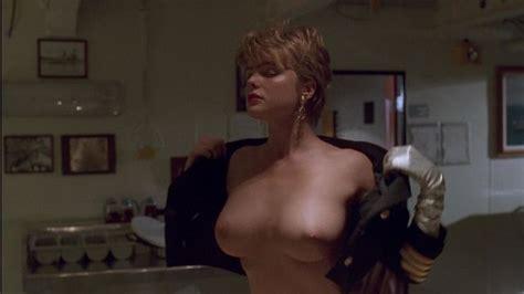Nude Video Celebs Erika Eleniak Nude Under Siege 1992