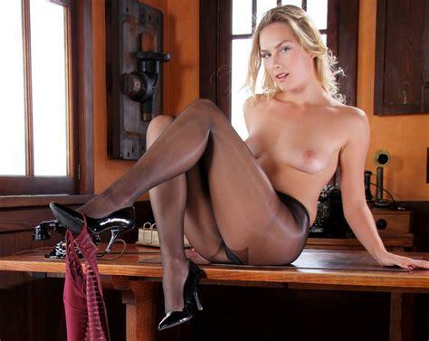 Blonde Secretary Vika Takes Off Her Dress To Takes